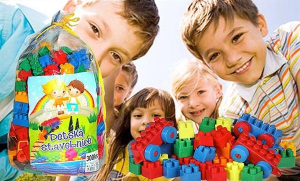 Dětská stavebnice - 300ks