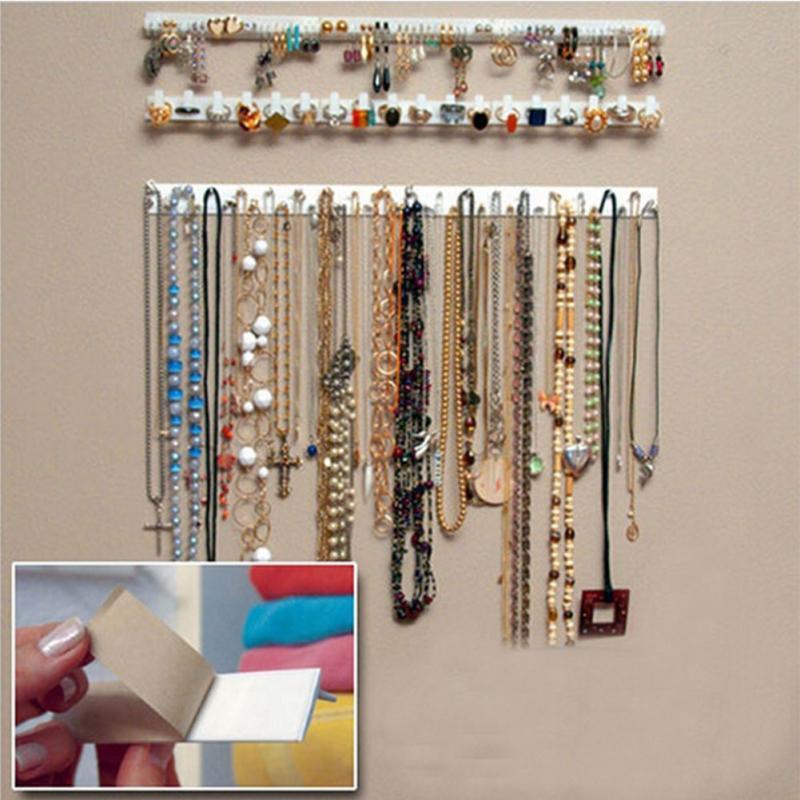 Závěsný pořadač na šperky