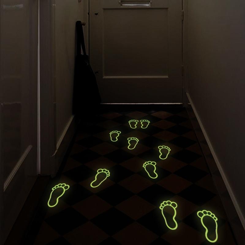 Svítící podlahové ťápoty