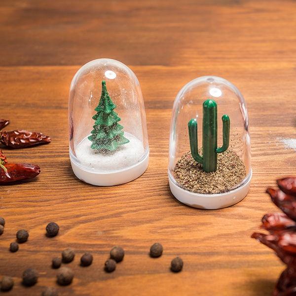 Slánka a pepřenka - Vánoční strom a kaktus